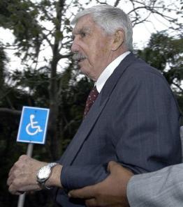 El asesino Luis Posada Carriles está libre en Miami. Fue el autor de la destrucción en pleno vuelo de un avión cubano.
