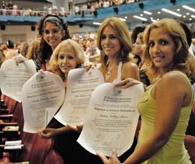 Segunda graduación de la UCI en Cuba