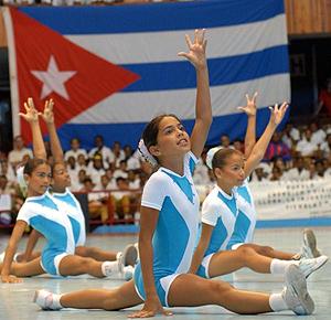 Miles de niños participan en la Olimpiada del deporte en Cuba