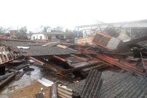 Miles de viviendas destruidas en Pinar del Rio e Isla de la Juventud