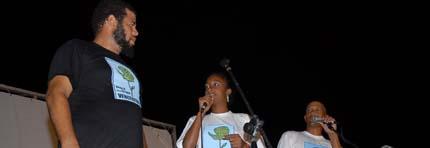 Kcho y una brigada de artistas comparten con los damnificados