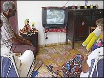 En circunstancias normales el 98 por ciento de la población cubana recibe electricidad