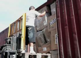 Cuba distribuye donaciones