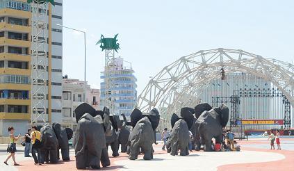 Elefantes por La Habana