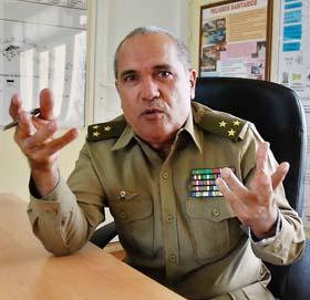 Coronel José Ernesto Betancourt Lavastida,  jefe del Departamento de Gestión para la Reducción de Riesgo del Estado