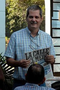 Enrique Ubieta, director de la publicación La Calle del Medio