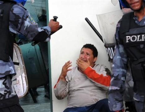Más de 140 manifestantes fueron golpeados en Tegucigalpa