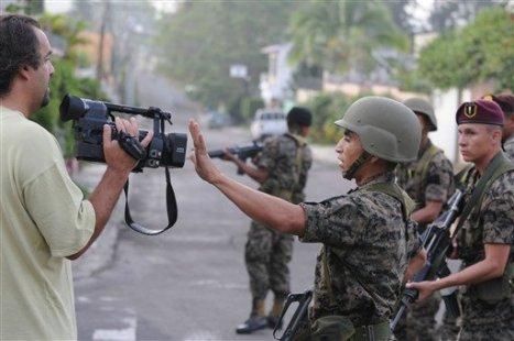 Los periodistas fueron agredidos y muchos no pudieron reportar a sus medios
