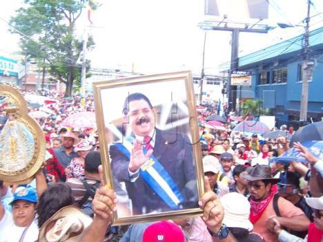 Pueblo hondureño en resistencia contra el golpe militar