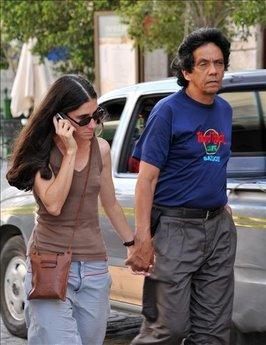 Como están las cosas, Yoani Sánchez pudiera ser una triple espía y Reinaldo Escobar un oficial del G-2