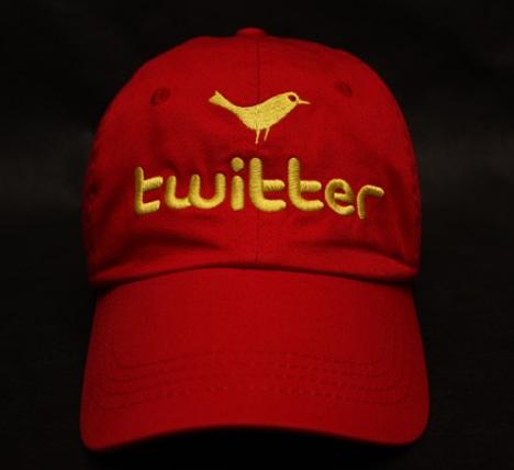 Seguidores de Chávez en Twitter podrían utilizar gorra para identificarse