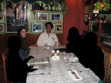 """Yoani Sánchez y su marido durante un viaje """"virtual"""" en Cuba"""