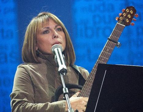 LLiuba María Hevia, durante su presentación el sábado en el  Carlos Marx. Foto: Alterius