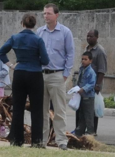 Dalthon Loweb y Kathy Dutty, funcionarios de la SINA en La Habana