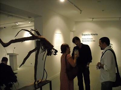 Foto poco conocida de Zoé Valdés y Hernández Busto