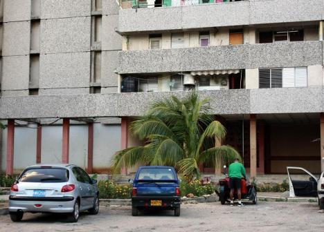 Edificio de Yoani Sánchez; foto tomada a las 14:08 del día de hoy.